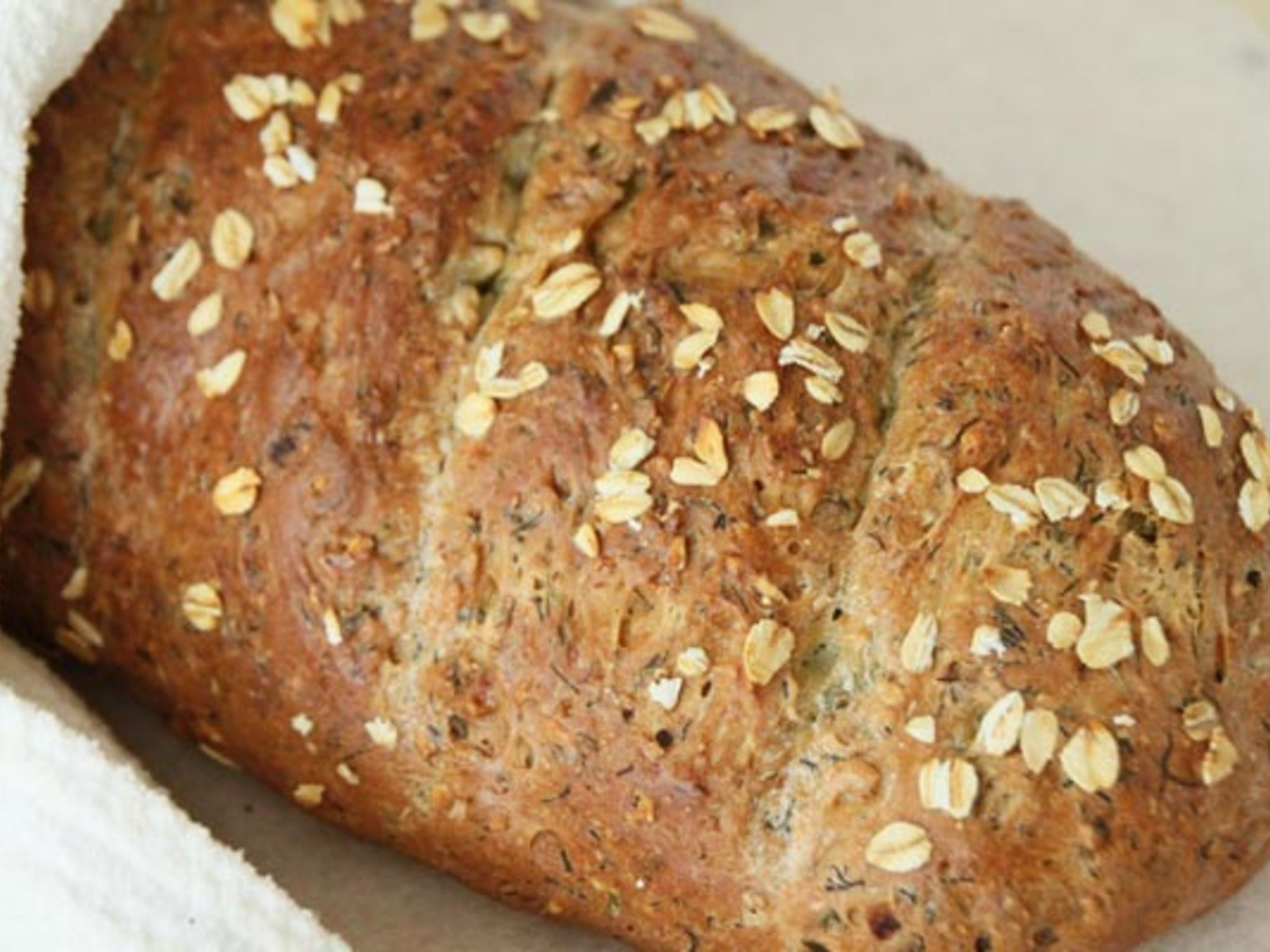 Хлеб с овсяными хлопьями в духовке
