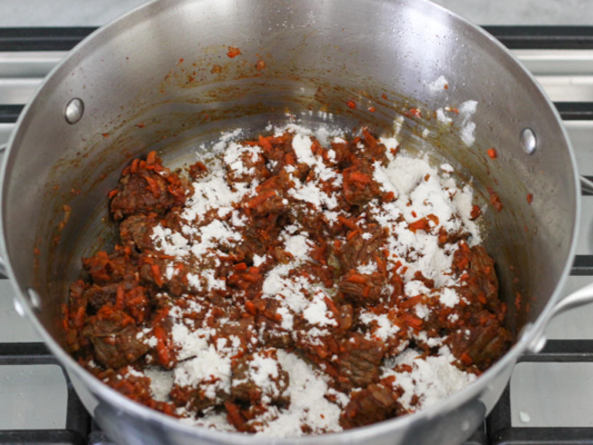 Гуляш из говядины мягкий - пошаговый рецепт с фото 84