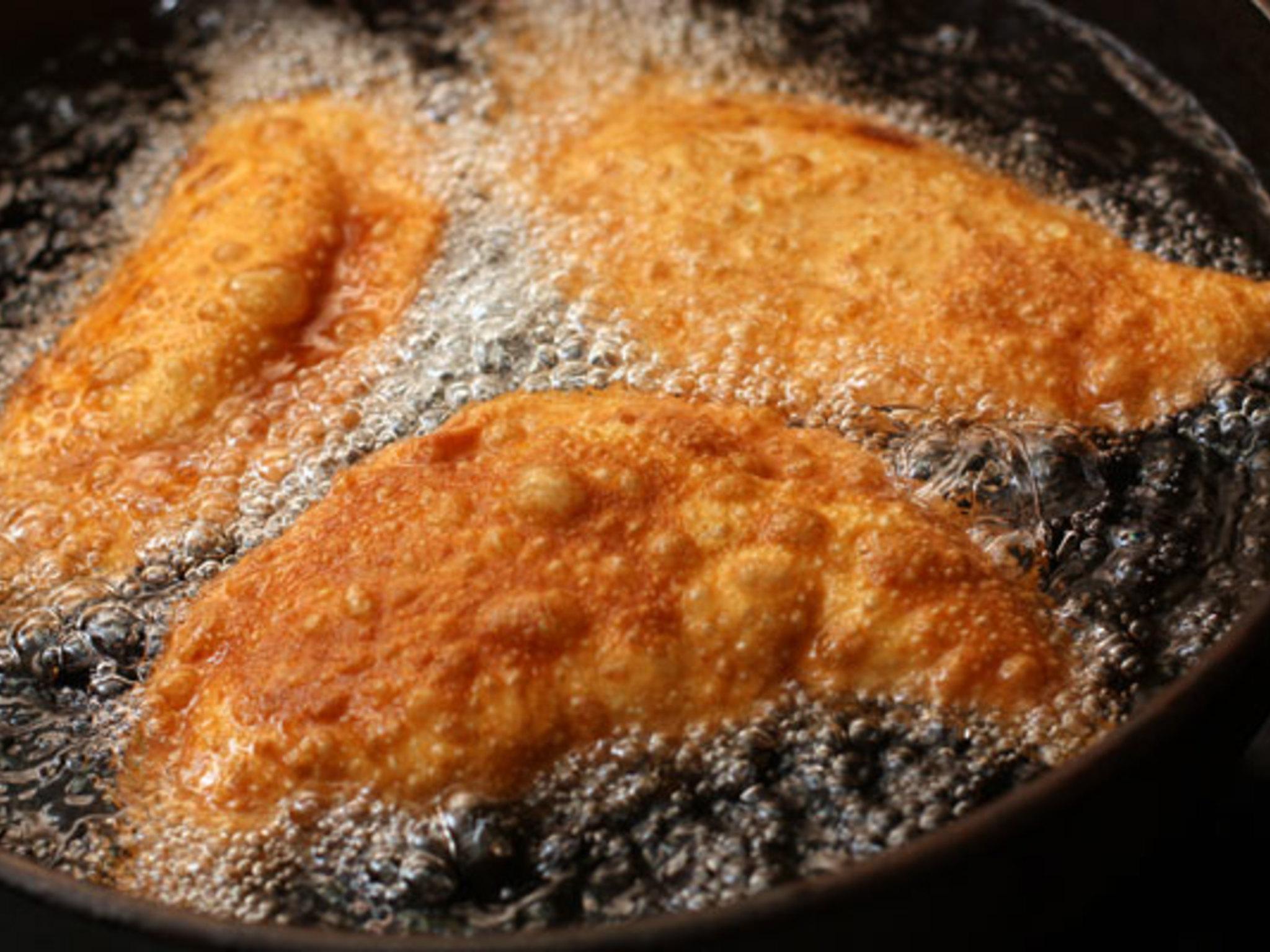 Как жарить чебуреки на сковороде фото рецепт пошаговый